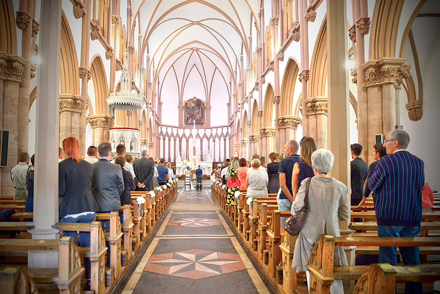 mariage reportage photo cérémonie à l'église
